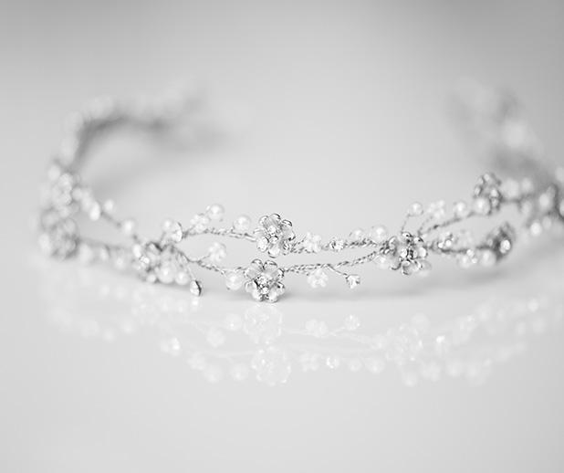 Comment nettoyer un bijou en argent oxydé ?